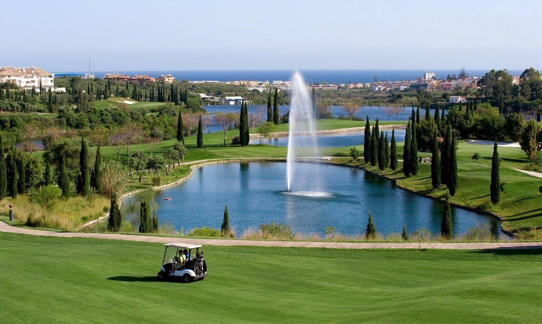 Vista general del club de golf Villa Padierna de Marbella