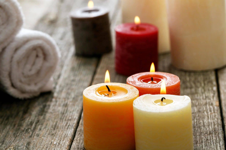 Velas aromáticas en el hogar para eliminar el mal olor