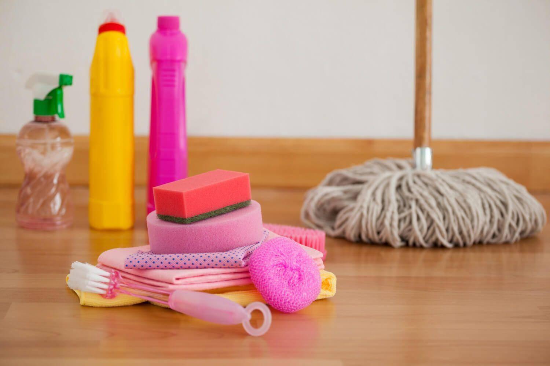 Material limpieza suelo para que la casa huela bien