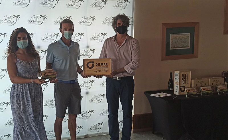 entrega premios III Torneo Amigos de Costa Ballena
